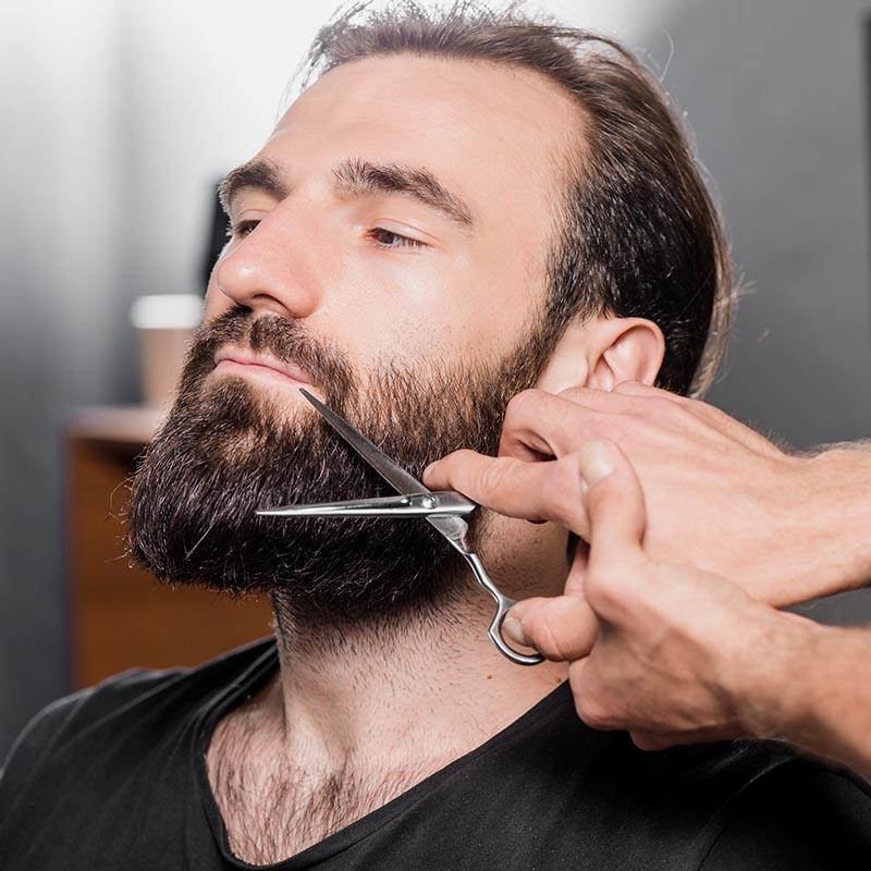 Umów się na strzyżenie brody w salonie 1909 w Warszawie